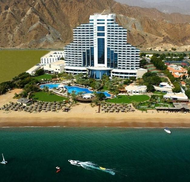 Отель Le Meridien Al Aqah Beach Resort 5*. Внешний вид